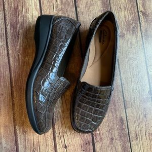 Clark's Collection Brown Alligator Slip On Loafers